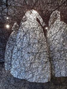 Chiharu Shiota_After_the_dream